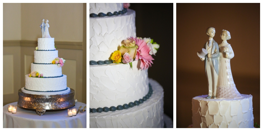 stone house wedding cake